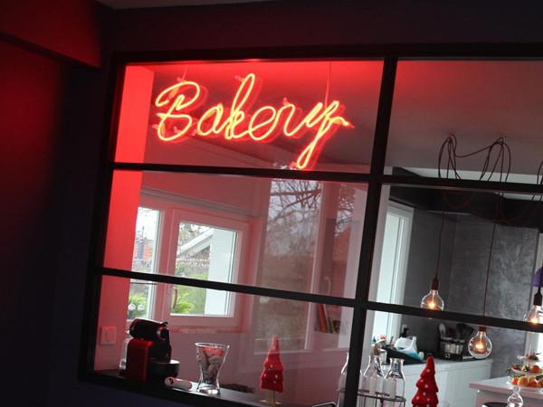 Enseigne Lumineuse Bakery